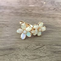 Vintage Opal Floral Ring in 14k Yellow Gold, Opal Flower Gemstone Ring, Antique Jewelry, Size US 6 (ring sizing available)