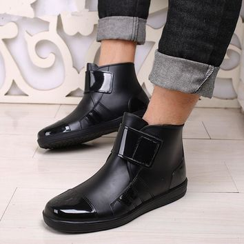 Pure color outdoor rain boots / fishing boots for men