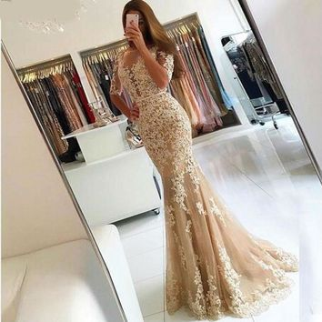 Champagne Lace Tulle Mermaid Half Sleeves Sexy Backless Prom Dress Illusion Sheer Scoop Evening Dress Gown Evening Dresses