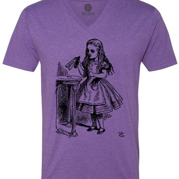 Alice in Wonderland - Drink Me (Black) Short-Sleeve V-Neck T-Shirt