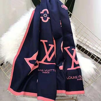 LV Louis Vuitton Fashionable Cashmere Cape Scarf Shawl Scarves Accessories