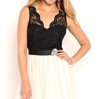 Two Tone Short Prom Dress with Scalloped Lace Illusion Bodice