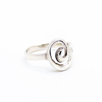 Swirl sterling silver ring