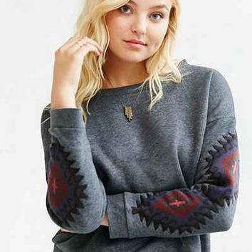 OBEY Lori Crew Neck Sweatshirt - Urban Outfitters