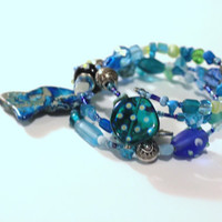 Sea Blue turquoise blue Summer Bracelet, Stone Chips, Shell Beads, Wire Wrap, arm candy, bangle, stack bracelet