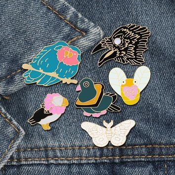 Trendy 6 Style Cartoon Animal Brooches Bee Butterfly Eagle Bird Enamel Pins Denim Jackets Lapel Pin Hat Backpack Badge Fashion Jewelry AT_94_13