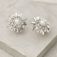 Pearled Snowflake Posts by Anthropologie Pearl One Size Earrings