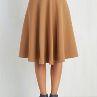 Minimal Long Full Field Notable Skirt