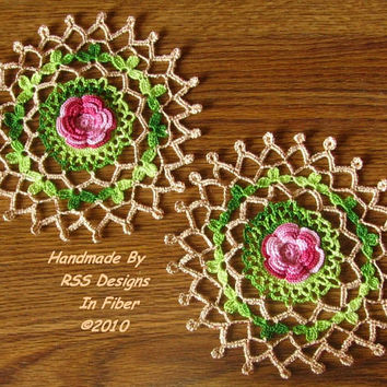 Red Rose Garden Doily Set of 2 - 3D Rose Crochet Lace Doily - Rose Decor - 3D Rose Fabric Doily - Rose Applique - Rose Lace in Vivid Colors