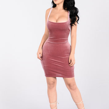 Keep You Close Dress - Mauve