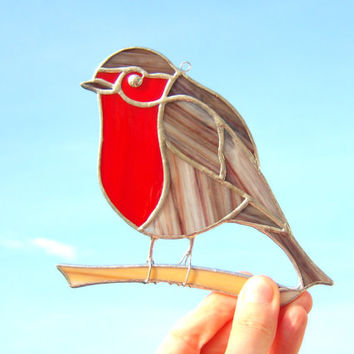 Red Robin bird suncatcher - Tiffany style stained glass - window decoration - spring summer autumn winter