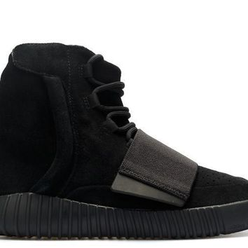qiyif Adidas YEEZY BOOST 750  Triple Black