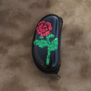 Roses Case - Eyeglass Case For Sunglasses - Rose Case - Unique Holiday Gifts - Gifts Under 25 - Mothers gifts - Gifts For Her