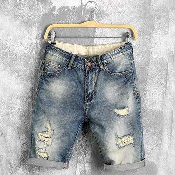 DIMUSI 2017 summer denim shorts male jeans men jean shorts bermuda skate board harem mens jogger ankle ripped wave 38 40 PA028