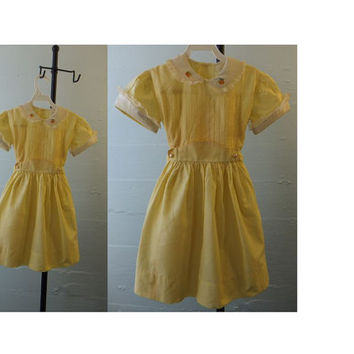 1960s Vintage Yellow Party Dress / Girls / Lace / Embroidered Flowers /Size 6