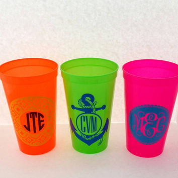 Personalized Spiker plastic tumbler, QuiCup Stadium Cup, travel cup lid straw, monogram, custom decal drinkware 22oz BPA Free 5 pack mixed