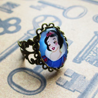 Snow white ring disney jewelry steampunk accessories free organza bag gothic filigree ring geekery