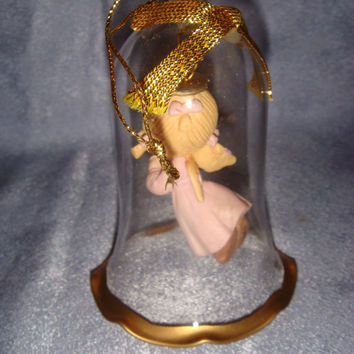 Precious Moments - 301582 -A Glass Bell Ornament - JOY To The World 1994