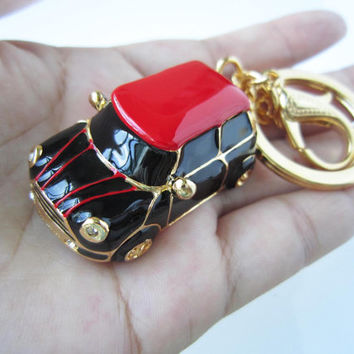 balck body car, black stripes,Thin red stripes mini car keychain, drop of oil plus ,grade crystal, gold car,luxury gift