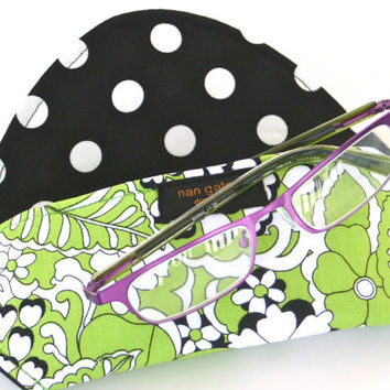Eyeglass Case with Magnetic Closure Lime Black Floral