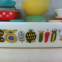 Pyrex baking dish with Mid Century stylised pattern!! JAJ England 'Meran' casserole! ReTrO KiTcHeN!