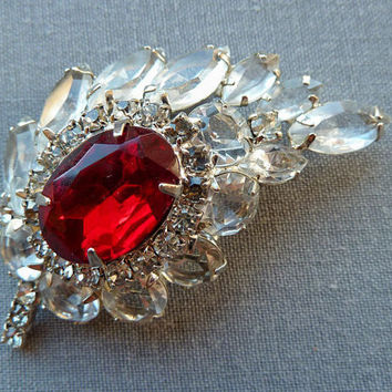 Vintage Red Rhinestone Brooch Peacock Feather Vintage 1960s Juliana Leaf Ruby Red Crystal Wedding Jewelry
