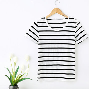 Women's Fashion Scoop Neck Organic Fair Trade T-shirt