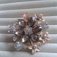 beige and grey  crystal flower rhinestone goldtone  brooch  pin