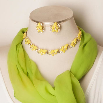 Vintage Yellow Leaf Choker Necklace and Earrings