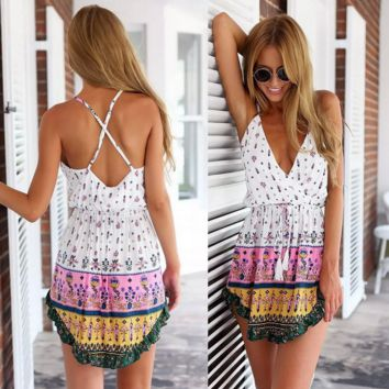 A printed dress  backless condole