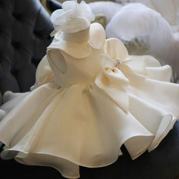 New Arrival New Born Baby Girl 1 Year Birthday Dress White Tulle Baptism Gown Baby Girl Beaded Big Bow First Communion Dresses