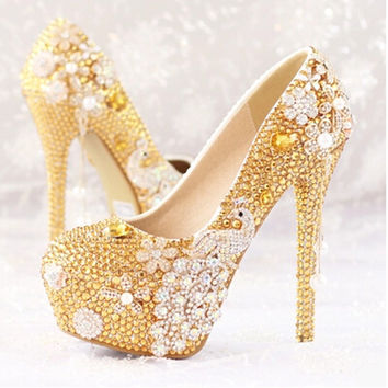 2016 new fashion Women shoes gold diamond bridal shoes with flowers peacock high heel shoes Women wedding shoes Women pumps