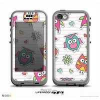 The Colored Cartoon Owl Cutouts on Paper Skin for the iPhone 5c nüüd LifeProof Case
