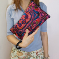 RED BIRD Wristlet Clutch HMONG Embroidered Bag Hippie Boho Handmade Thailand (810rb)