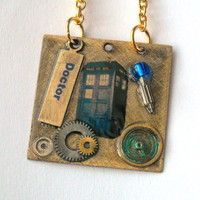 Doctor Who Tardis and Sonic Screwdriver Necklace