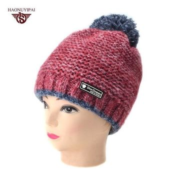 2016 New Fashion Woman's Winter Warmer Hats Knitted Cap For Women Striped Pompom Skullies Beanies Sport Ear Hat 6 Color Gorros