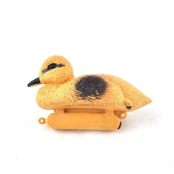 1pcs Hunting Decoy Floating Yellow Ducks Decoy Plastic Highly Simulation Duck For Hunting Shooting Pond Pool Decor