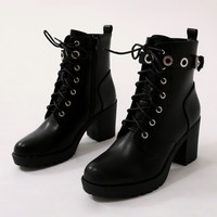 Noise Eyelet Biker Boots in Black