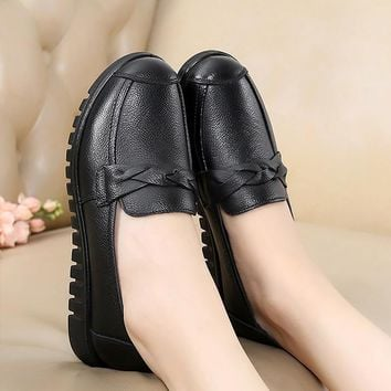 Casual shoes women round toe cross tied slip-on loafers ladies shoes solid black shoes female flats plus size 35-41