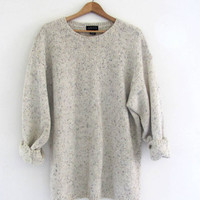 vintage oversized sweater. natural off white sweatshirt. speckled top. size Large