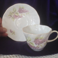 Queens Rosina English Fine Bone China Tea Cup, Lilac Pattern, Petal Shaped, Rosina China Co Ltd. England, Cottage Floral Decor