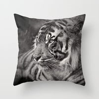 The mysterious eye of the tiger. BN Throw Pillow by Guido Montañés