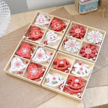 Christmas Wooden Pendants Ornament Gift Box Snowflakes Reindeer Bells Christmas Tree Pendant Xmas Hanging Decorations Set V3