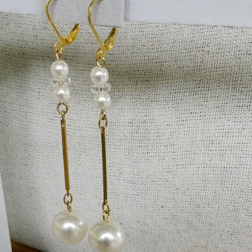 "RePurposed Fx Pearl Gold Tone Quartz Crystal Pierced Dangle Earrings Bridal Jewelry Vintage 3"" Long OOAK"