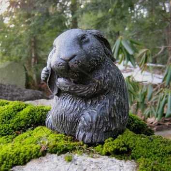 Garden Rabbit Statue - Garden Decor