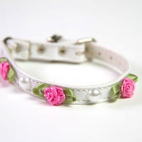 Roses and Pearls Cat Collar