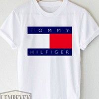 Tommy Hilfiger T-shirt Unisex Adult Men And Women Size