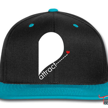 opposites attract right side Snapback
