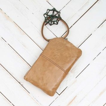 Hobo Sable Soft Ring Wristlet in Doe | Altar'd State