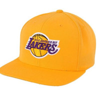 NBA Mitchell & Ness Los Angeles Lakers Hardwood Classics Basic Vintage Logo Snapback Hat - Gold